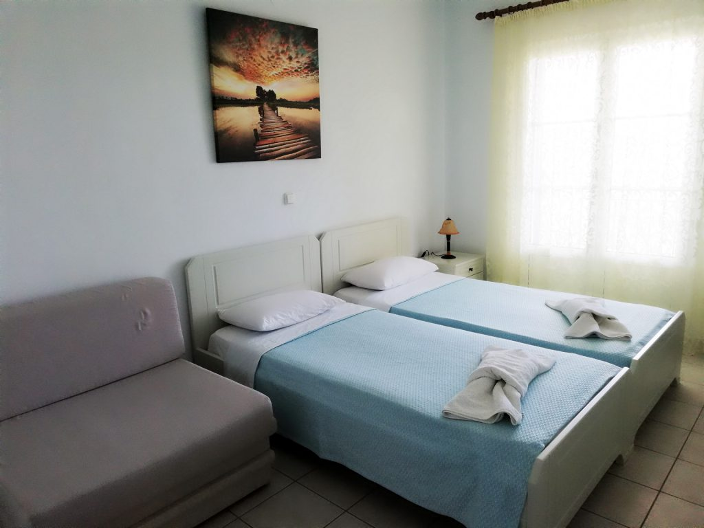 Triple bed groundfloor fereniki